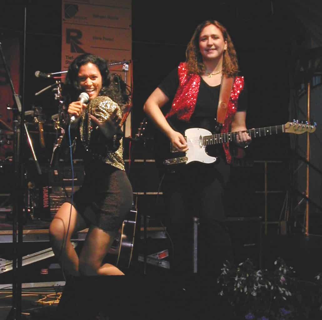 Queens of Heart - Kassel 2003, E-Gitarre und Gesang